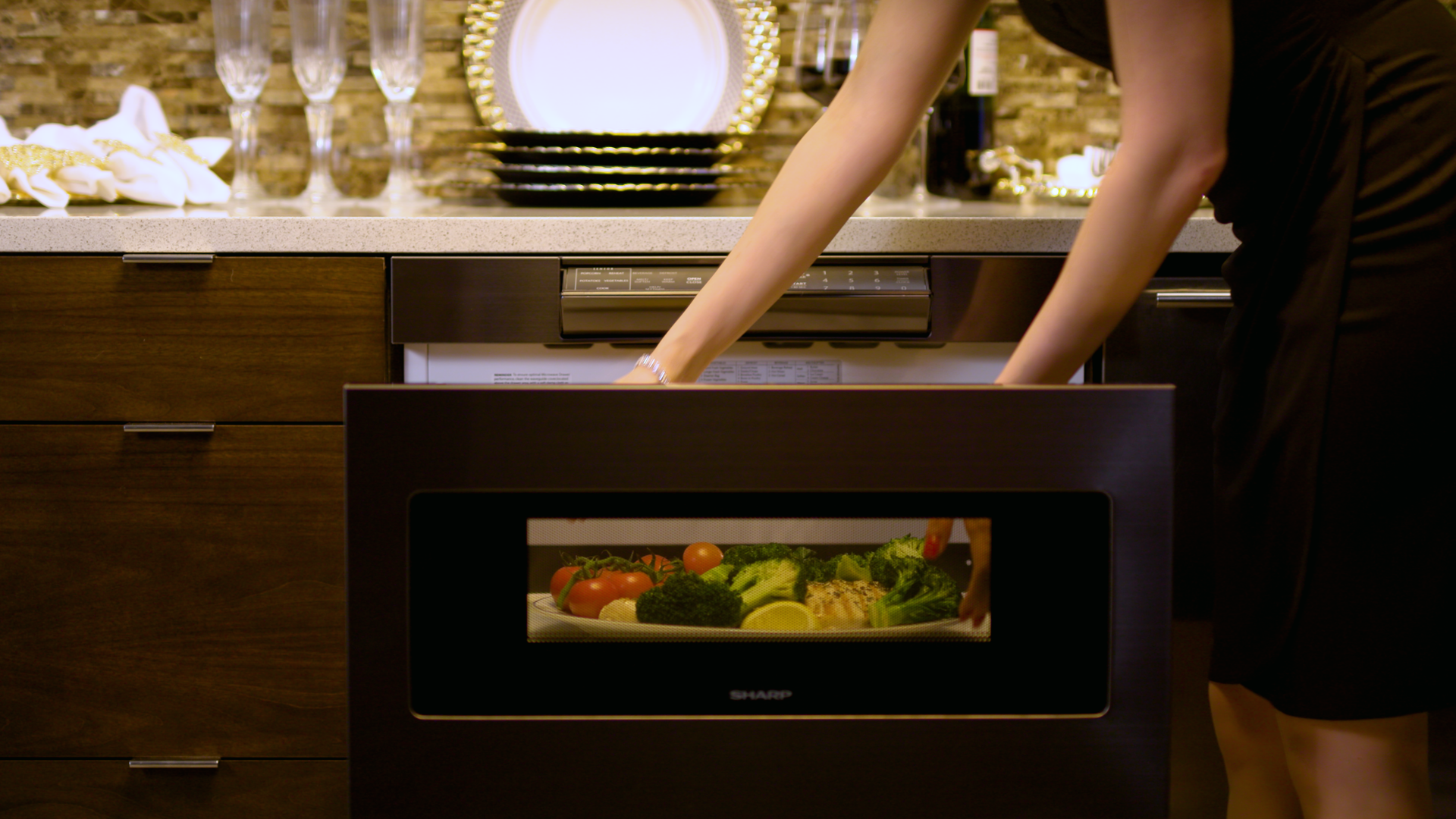 Microwave drawer is easy to access and convenient